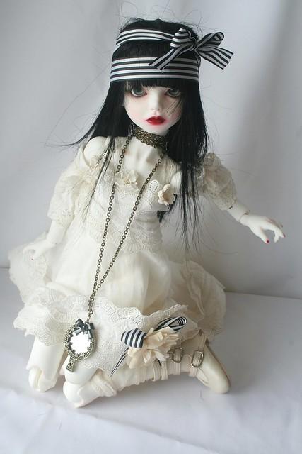 [dust of dolls püns] Eloïse, et le parfum des roses p.32 5128947846_d9315e7d82_z