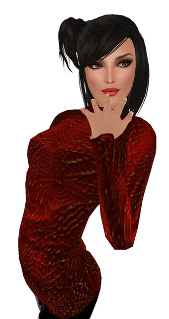 AVENUE Anniversary Hunt - Designing Nicky Ree Web Sweater Red