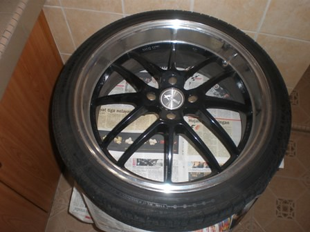17 inch Rim & Tyre