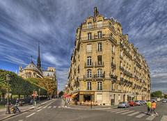 Paris Life (Vintage Red) Tags: city summer paris france church cathedral notredame appartments prediosantigos cafeculture