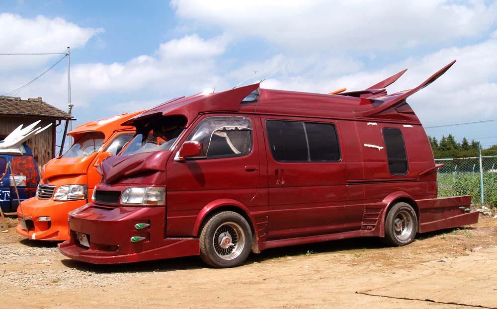 Sweet Japanese custom vans