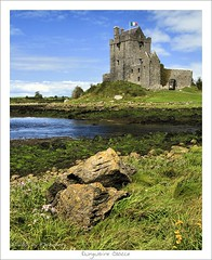 Dunguaire Castle (HaukeSteinberg.com) Tags: castle galway island coast published medieval explore towerhouse countygalway kinvara nto irishcastles aplusphoto holidaysvacanzeurlaub