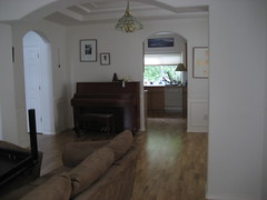 Living room/music room