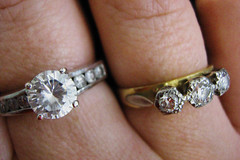 diamonds gold hand fingers jewellery rings jewelery day26 solitaire 365days