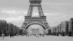tour eiffel (mlohninger) Tags: park old wallpaper people blackandwhite bw paris france green tower classic field grass clouds vintage french frankreich europe top widescreen postcard stock eiffeltower jardin myfav panoramic best sofrench toureiffel champdemars myfavorites mybest turm 169 parc garten myfavs parcduchampdemars mytop myfavourite stockimage soparis stockfootage mybestphotos top15 iloveparis mlohninger stockimagery jardinduchampsdemars jardinduchampdemars