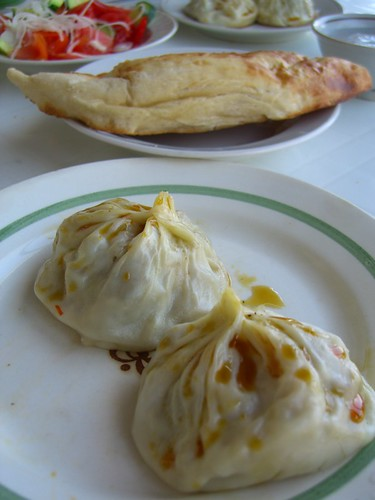 Manti - Uzbek food at the market in Samarkand