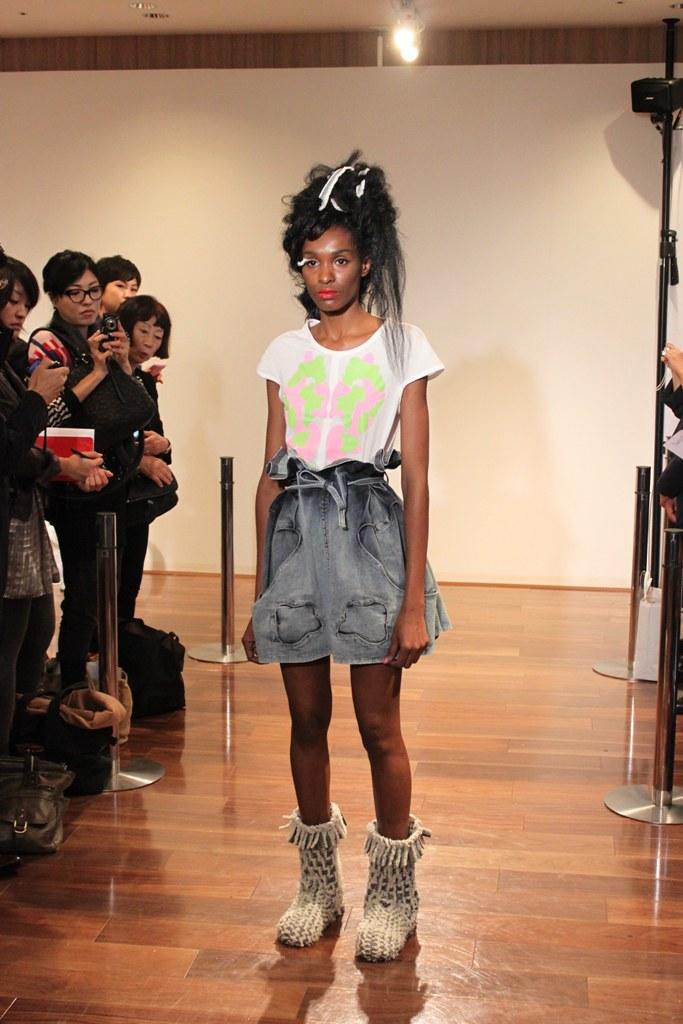 """Naoshi Sawayanagi Collection """"Japan Fashion Week in TOKYO 2010″ (4)"""