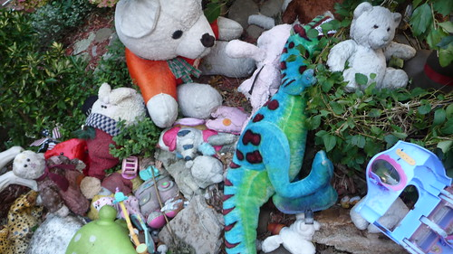 Plushie graveyard, Prospect Heights