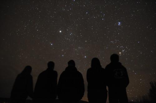 フリー写真素材, 人物, 人と風景, 空, 夜空, 集団・グループ・群衆, シルエット,