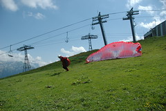 Dcollage de Marc - 1 (Pascal Vuylsteker) Tags: france alpes parapente samoens dcollage marcgrabarek plateaudessaix
