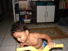 DSC06872 (darwin_duck) Tags: playing child play crying running brincar criana brincando smilling correndo dmitri sorrindo chorando
