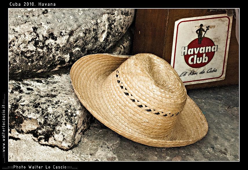 L Havana (walterlocascio) Tags  havana cuba cappello havanaclub  plazadelacatedral 7e2601bf2c7b