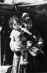 070708_141154-1 (Jacques Godeau) Tags: portrait bw woman girl algeria femme 1966 nb fille algérie pg1
