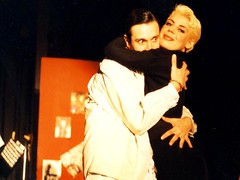 Dracula (AntonisP) Tags: red smile teatro theatre dracula blond rosso antonisp
