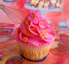 Colours (~Trs Chic Cupcakes by ShamsD~) Tags: flowers by cupcakes colours candy cupcake tres chic frosting sweettreats outstandingshots designercupcakes shamsd eyewashdesigns shamimadesai cupcakesinsouthafrica cupcakesfromsouthafrica cupcakesinpietermaritzburg weddingcupcakesinsouthafrica weddingcupcakesinpietermaritzburg