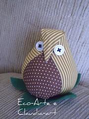 corujinha bolistra (eco-arte) Tags: botão owl fuxico coruja retalho gufo reutilização reaproveitamento corujinha floresdefuxico