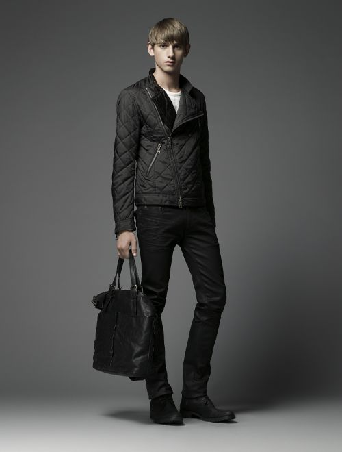 Jannik Schulz0087_Burberry Black Label(Official)