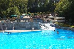 纳奇维尔公园游泳池