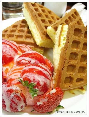 米朗琪鬆餅隻草莓冰淇淋