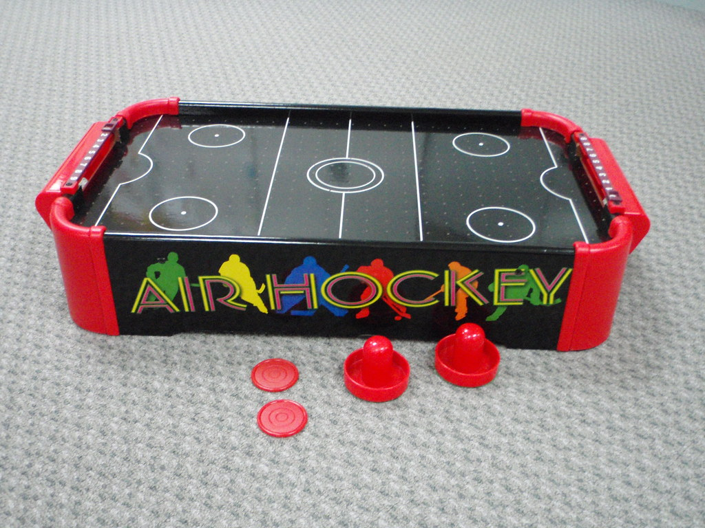 GA41: Table Top Air Hockey