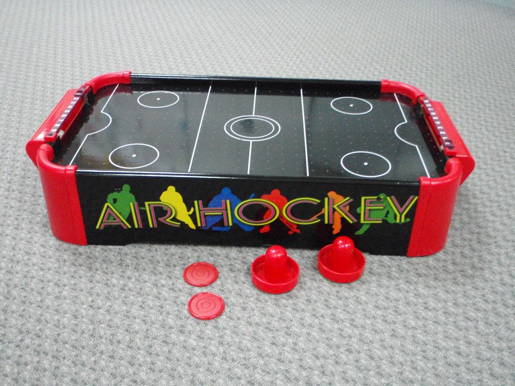 GA41: Table Top Air Hockey
