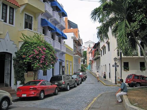 San Juan, Puerto Rico / Callejón de Las Monjas by Oquendo.