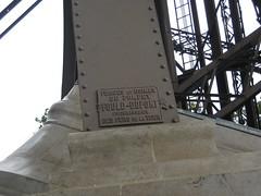 Paris - Tour Eiffel: fers de la tour par Pompey Fould-Dupont (wallyg) Tags: paris france tower europe eiffeltower toureiffel gustaveeiffel worldfederationofgreattowers mauricekoechlin pompeyfoulddupont desfersdelatour forgesetusinesde