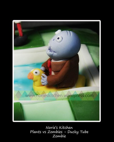 Norie's Kitchen - Plants vs Zombies Cake- Ducky Tube Zombie