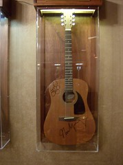 Neil Young Autographed Guitar Deadwood South Dakota (Fran 53) Tags: road trip summer tower south devils july wyoming dakota deadwood 2007