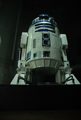 R2-D2 (Luigi Rosa) Tags: uk england london star force united kingdom exhibition r2d2 forza wars r2 guerre stellari londra d2 inghilterra artoo deetoo unito regno