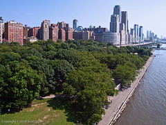 Riverside Park (near 77th) (scottdunn) Tags: newyorkcity newyork skyline manhattan gothamist kap kiteaerialphotography fotografi aerei fotografiaaéreacompipa photoparcerfvolant fesseldrachenluftbildfotografie fotografiaerei
