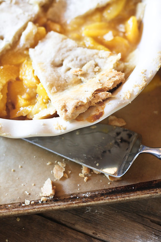 messy peach pie