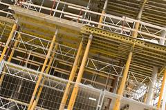 gult r fult (betongelit) Tags: halmstad hng intellekt betongelit