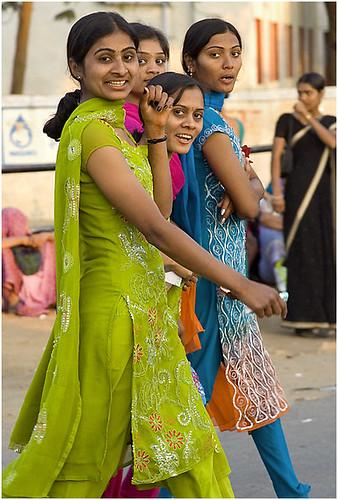 Bhuj girls