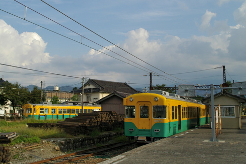 LRT乗り入れが検討されている富山地方鉄道上滝線岩峅寺駅