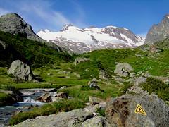 Alta via n°2 (antonella galardi) Tags: panorama trekking 2008 sentiero montagna aosta valledaosta valdaosta ghiacciaio escursionismo escursione valgrisenche rutor altavia2 av2 planaval indicatore lacdufond