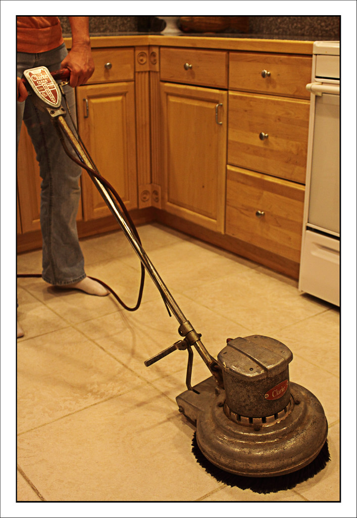 Using this Crazy Old Floor Cleaning Machine