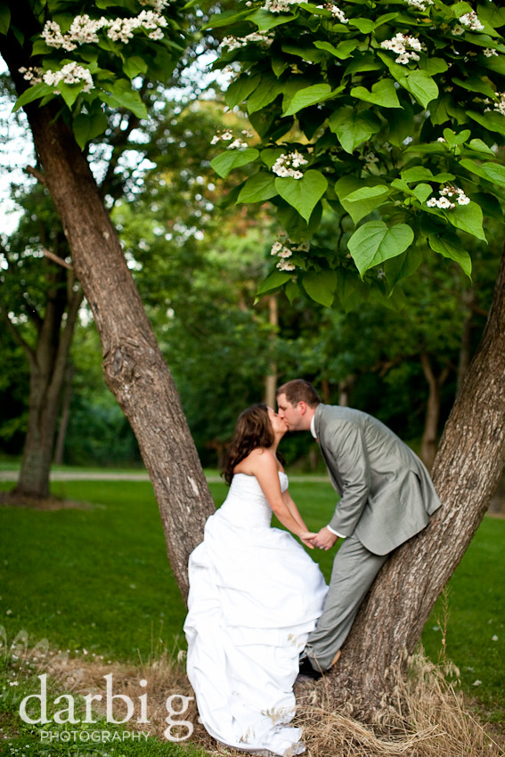 DarbiGPhotography-KansasCity-wedding photographer-T&W-DA-31.jpg