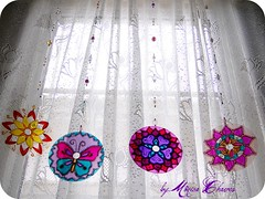 MANDALAS MBILES... (Monica Chaves Mandalas) Tags: circle handmade cd artesanato mosaico mandala zen recycling reciclagem decorao aura pedras anjos vitral mandalas espiritualidade enfeite amuleto energias reutilizao reaproveitamento esotrico eatsy cdreciclado reciclagemdecd mandalaemcd handmademandala mnicachaves monicachaves artesanatozen