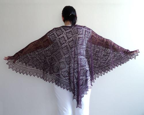 rose trellis shawl 1
