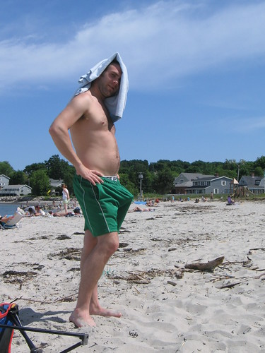 girl-playin-beach-boner-male