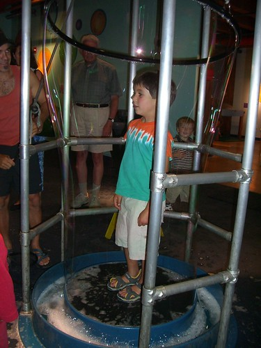 Huge, Stand In, Bubble Maker
