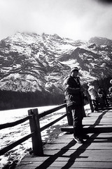 那山 (水泳男) Tags: china bw white mountain snow black lomo lca dragon plateau jade yunnan spruce lijiang 麗江 雲山坪