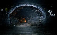Train in the Standedge tunnel (Craig Hannah) Tags: pictures uk england abandoned underground photography canal photos yorkshire railway tunnel images photographs oldham longest derelict pennine pennines highest marsden diggle saddleworth deepest greatermanchester standedge westriding standedgetunnel standedgetunnels craighannah