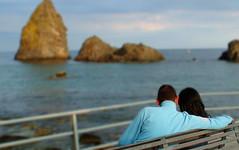 l'amore (anabel LIA) Tags: italy mare pareja amor amore sicilia coppia acitrezza faraglioni