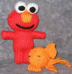 Elmo free knit pattern cookie monster sesame street muppets toys peeps