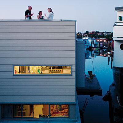 houseboat-exterior-0510-l