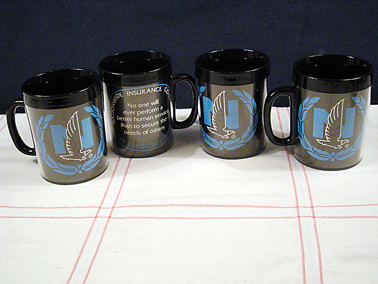 Vintage Thermo Serv Nationwide Ins Ad Coffee Mug Set