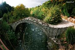Vigla (kzappaster) Tags: bridge film pentax 200asa fisheye greece fujifilm 16mm zenitar mesuper stonebridge superia200 kmount metsovo vigla platinumheartaward hepirus votonosi anthochori douvli