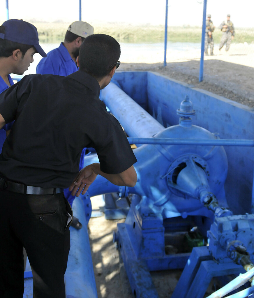 Irrigation and purification water systems open in Tikrit